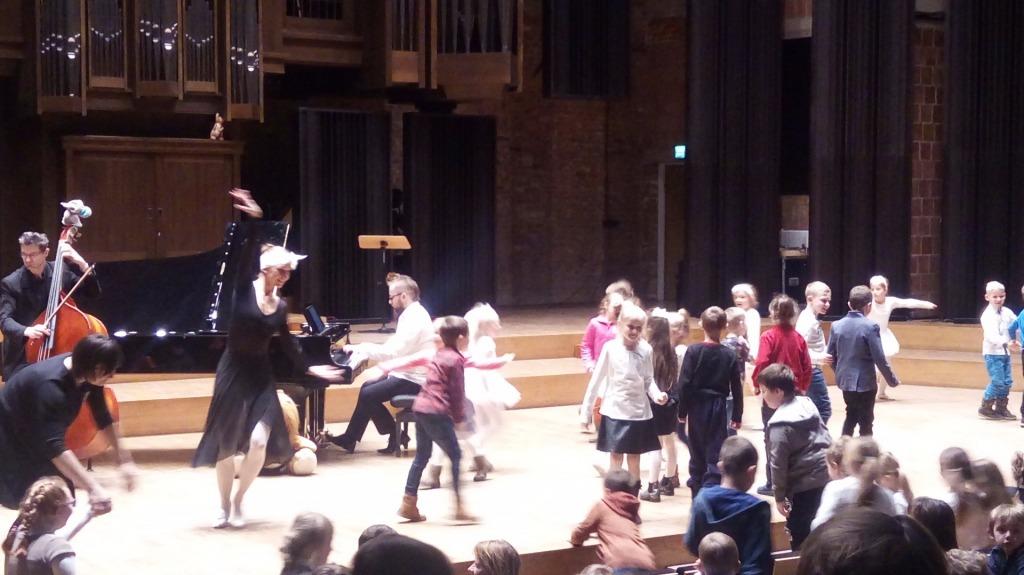 klasy trzecie w filharmonii