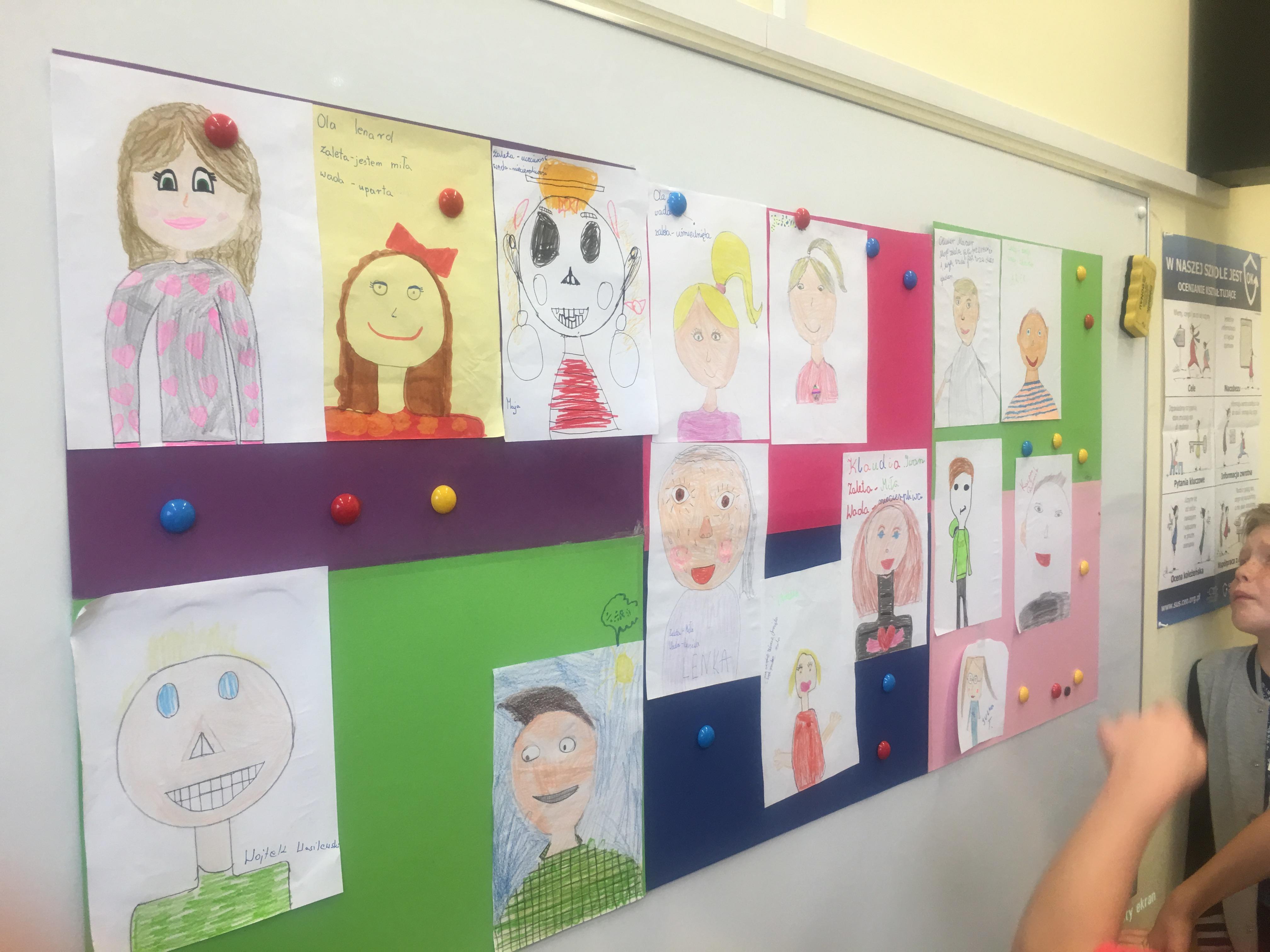 prace uczniów klas III
