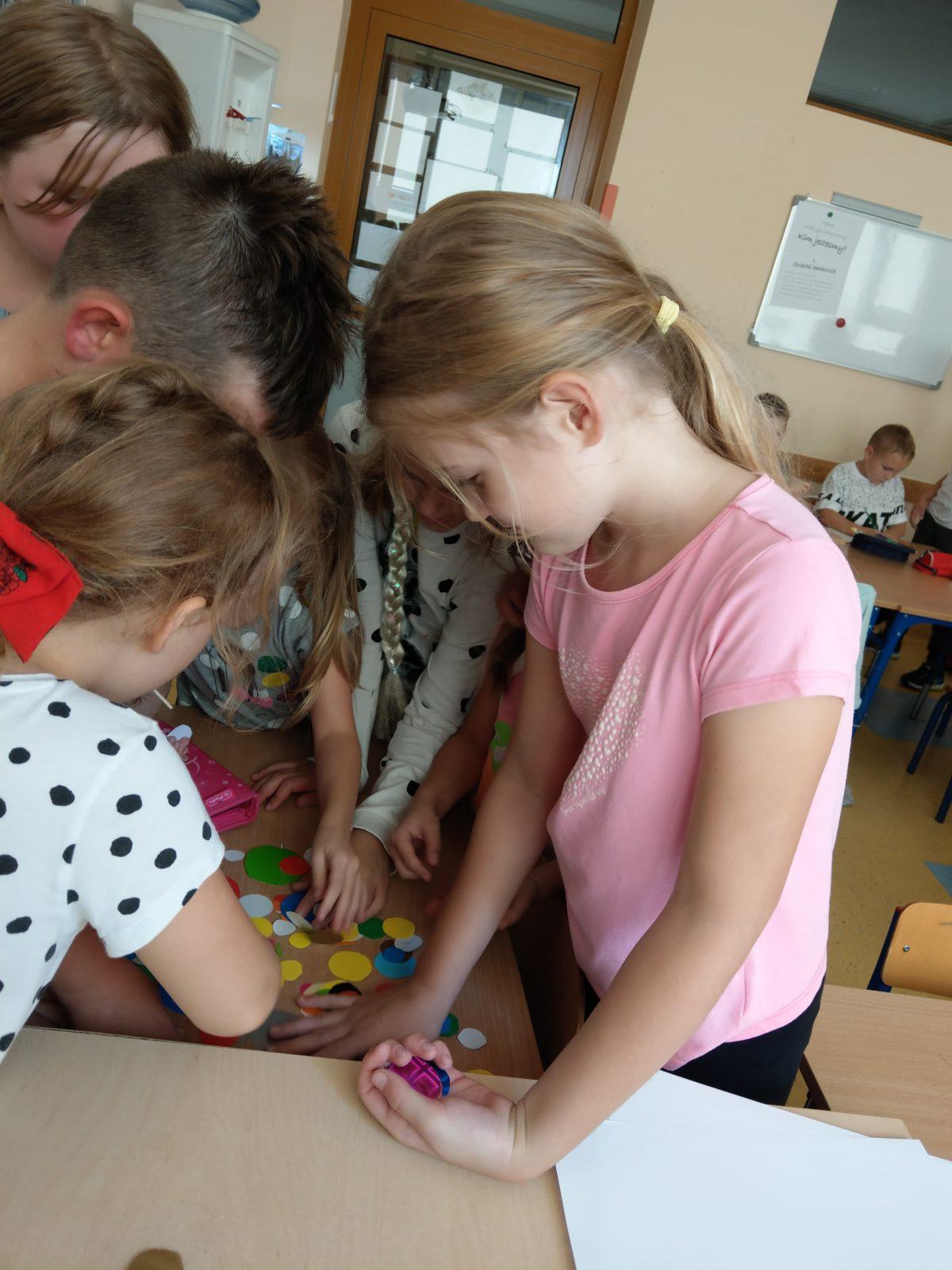 uczniowie klasy 2a